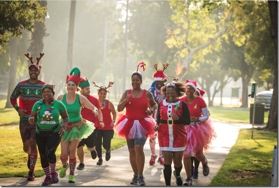 5 Reasons to Dress Up for Your Holiday Race